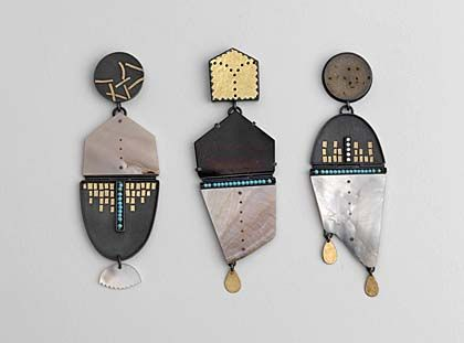 Zoe Arnold collects weird/odd/broken objects- antique fairs, markets, often broken, fragments, arranges them together to create jewellery pieces, incorporates precious stones, gold, silver, layers of meaning, takes inspiration from her own poetry- developing themes, story lines, imagery