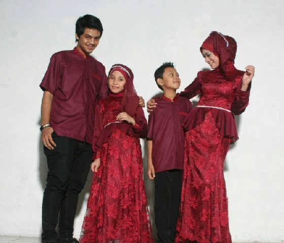 Gamis Gaun Pesta Muslim Sarimbit Maroon
