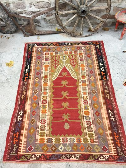 """It is a old Anatolian kilim rug from Konya region. It has got """"Prayer"""" design. hand spun wool and flat weave made wool on wool, about 70-75 years old .              This rug is very fine   and perfect condition, totally clean; ready for use. #turkishrug #etsy #carpet #turkishcarpet #rug #interiordesigner #homedecor #architect #carpenter #etsyseller #hallway #designer #Antiquecarpet #Antiquerug"""