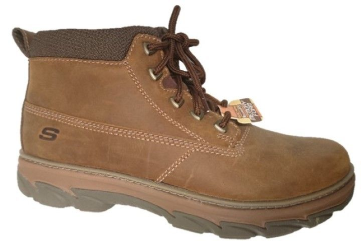 Skechers waterproof boots for men by Skechers. Buy it 89,00 €