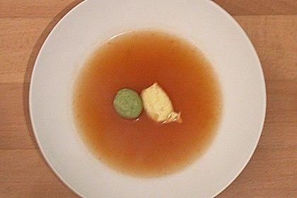 Klare Tomatensuppe mit Petersilienklößchen (Rezept mit Bild)   Chefkoch.de