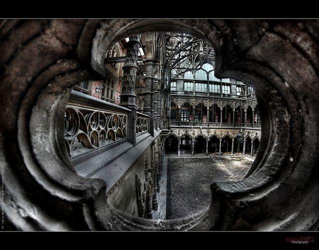 Abandoned belgium ue abandoned chambre du commerce for Chambre vaudoise du commerce