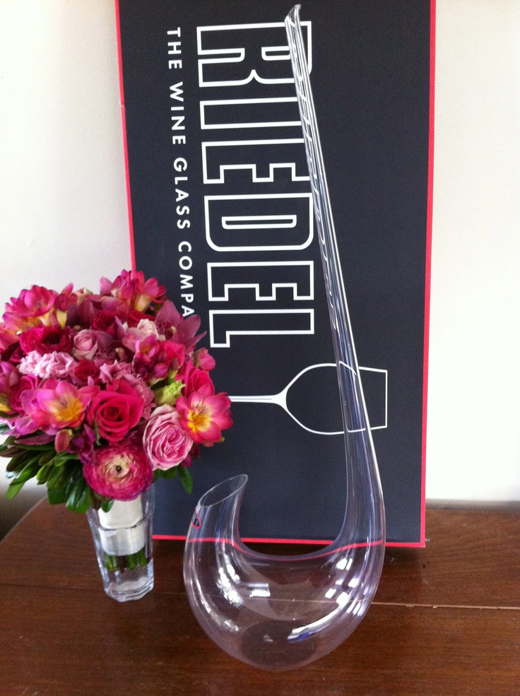 We're in love with our new Riedel Swan decanter.  What a cool wedding present - thanks Granny & Grandad!