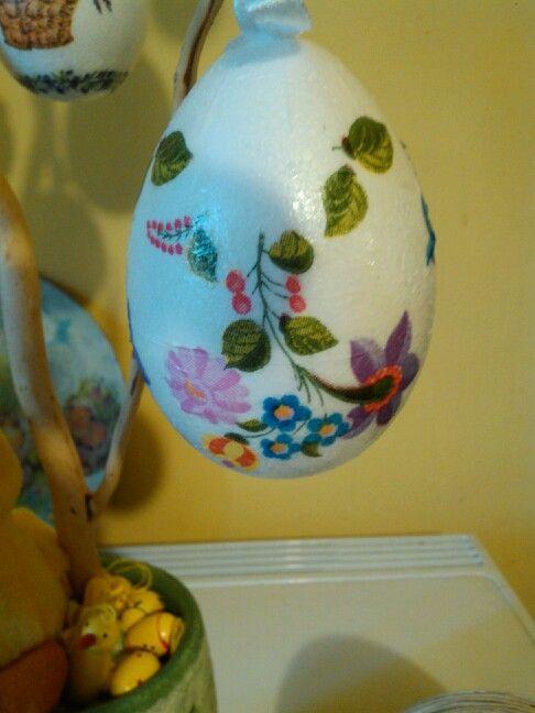 Decoupage tojás