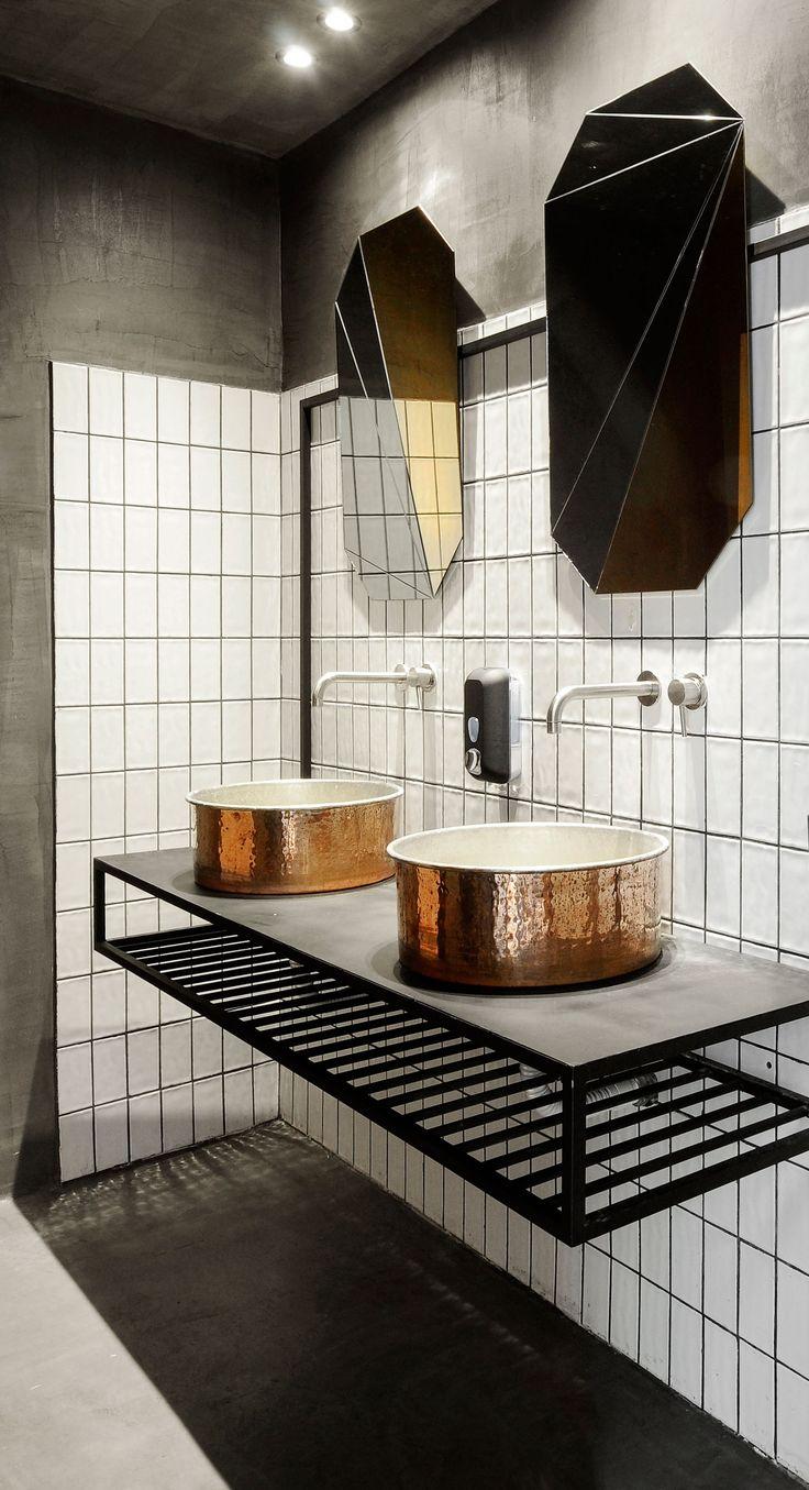 Black drop coffee shop by ark4lo architecture decorar for Decorar habitacion residencia universitaria