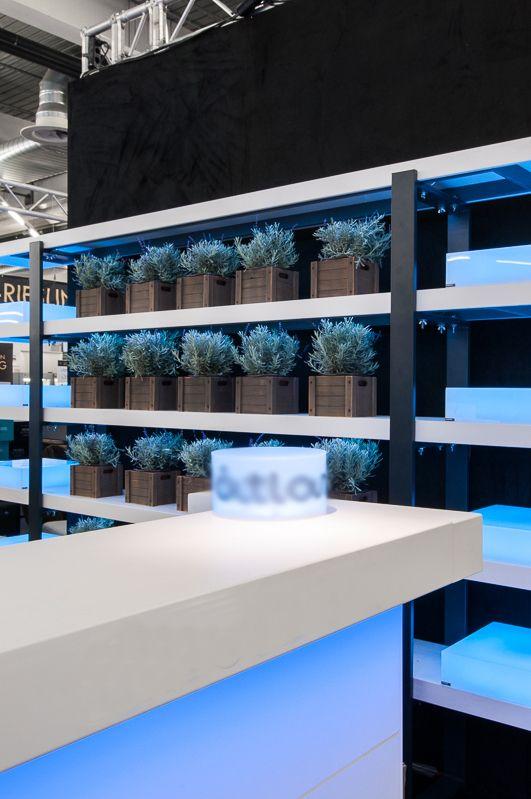 Illuminated bar and shelves for Atlas Feinkost in Forum Vini Munich. design by Bouquet