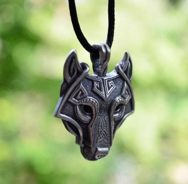 Valknut Vikings Amulet Pendant Necklace Norse Wolf Head Necklace Original Animal