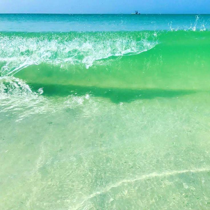 Wave after wave  Longboat Key F L  R D A . .  Photo Cred @followmetolongboatkey  #staysaltyflorida #staysalty #florida #floridalife #visitflorida #pureflorida #loveflorida #sunshinestate #saltlife #igersflorida #beachlife #gulfcoast #gulfofmexico #swfl #vacation #coastalliving #waves #chicago #boston #nyc #denver #philly #detroit #milwaukee #floridabeaches