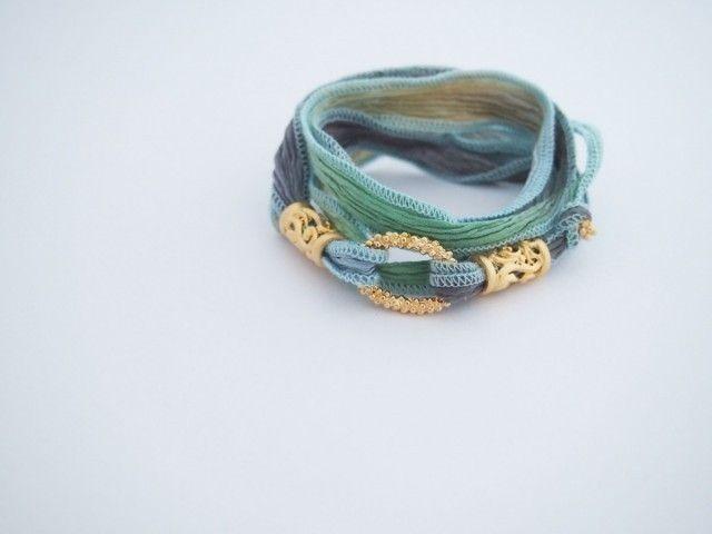 作り手:ayus jewelry