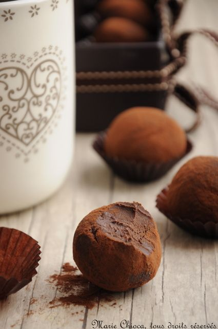Les Truffes Au Chocolat - Dark Chocolate Truffles Recipes — Dishmaps