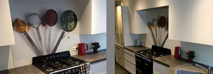 Kruiden in combinatie met een Smeg fornuis, mooie achterwand voor je keuken