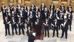 Концертный хор Санкт-Петербурга был основан в 1991 году, как Камерный хор Смольного собора. Первым руководителем коллектива стал профессор Санкт-Петербургской консерватории С.Н. Легков, в дальнейшем хор возглавляли А.А. Петренко и Э.Е. Кротман. С 2004 года хором рук�