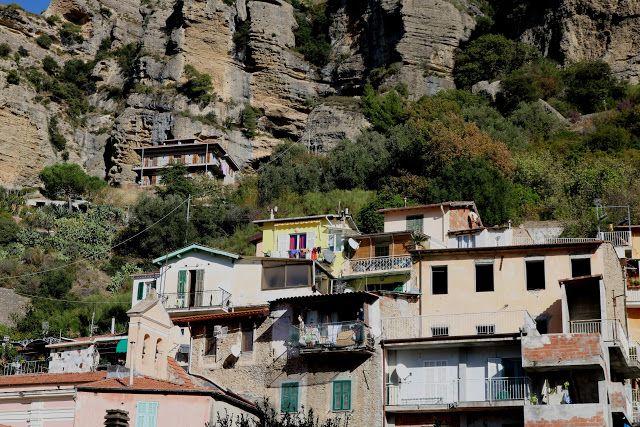 Roverino, Frazione di Ventimiglia (IM) - centro st...