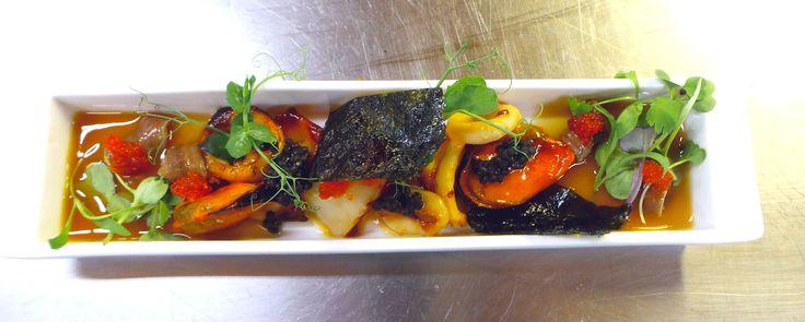 Muskuilu eta bieira entsalada. Ensalada de mejillones y vieiras. Mussels and scallops salad. #AzurmendiPretAPorter