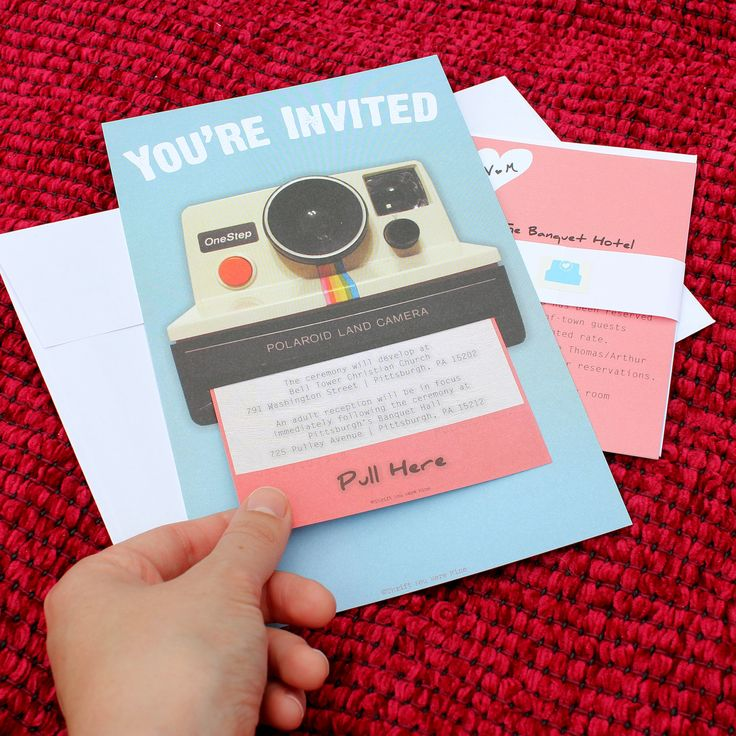 Invitación de boda inspirada en Polaroids