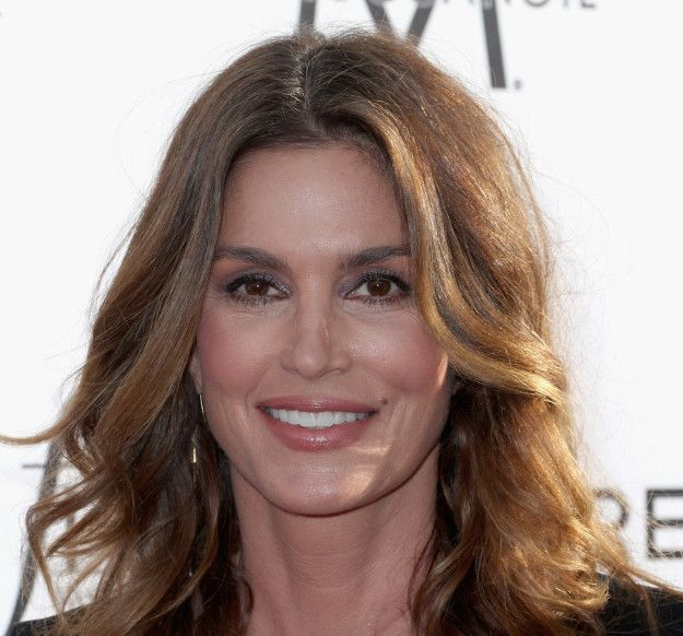 Cindy Crawford used to shuck corn before gracing the covers of today's hottest magazines. | 17 Crazy Jobs Celebrities Had Before They Were Famous