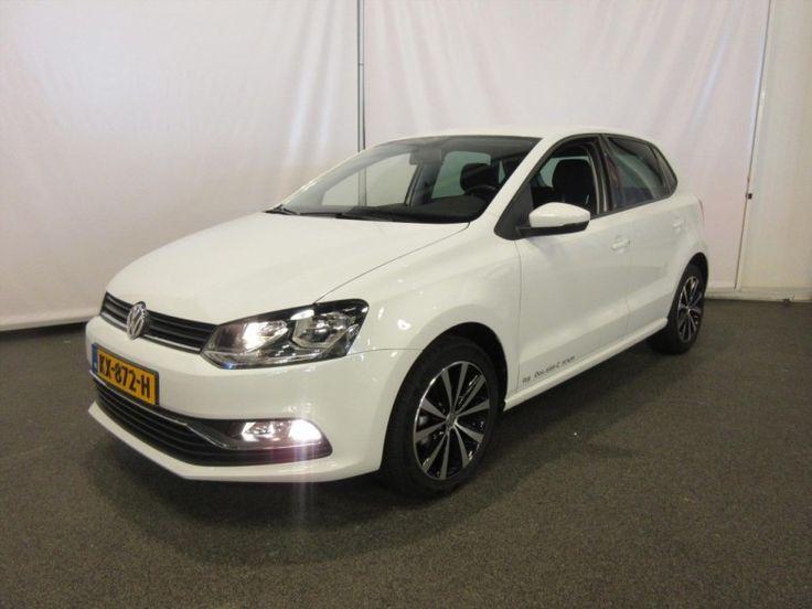 Volkswagen Polo  Description: VOLKSWAGEN Polo 5drs. 1.2TSi Comfortline Executive  Price: 274.09  Meer informatie