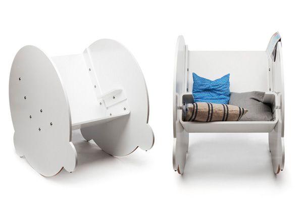 Деревянные кресла-качалки из серии KAARLO I.