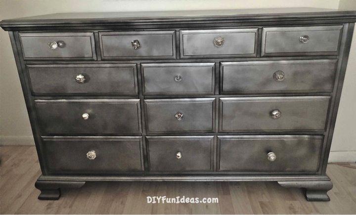 gorgeous shabby chic furniture refurb using krylon looking glass paint. Black Bedroom Furniture Sets. Home Design Ideas