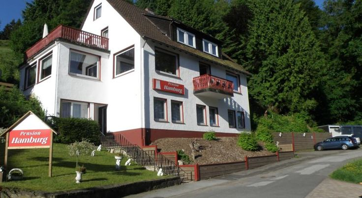 Pension Hamburg Bad Grund This cosy family-run guesthouse is located in the health resort of Bad Grund in the Harz region. Pension Hamburg stands on a slope surrounded by scenic forests.