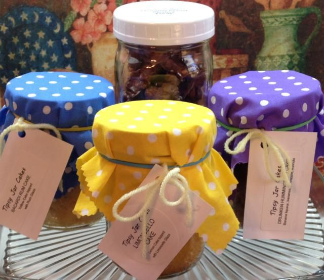 Canning Jar Cakes - The Perfect Homemade Gift