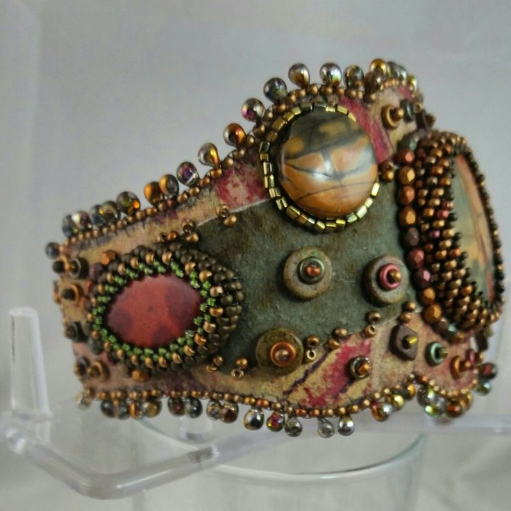 CHERRY CREEK Jasper bracelet with two layers of complimentary leathter