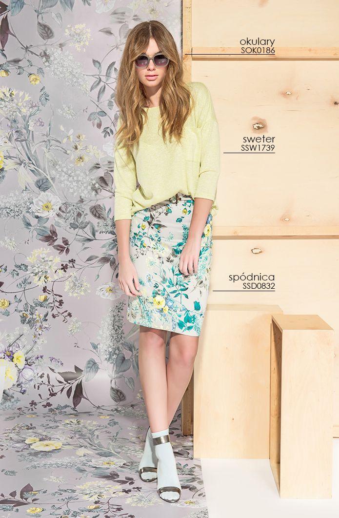 Obcisła #spodnica w #kwiaty - to wiosenna propozycja od #topsecret