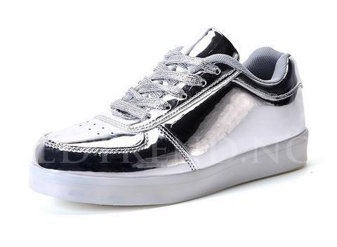Sølv led sko til voksne og barn, du finner de hos ledtrend.no