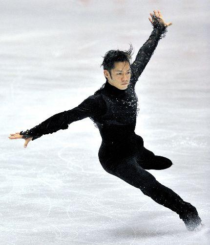 Daisuke Takahashi - men's figure skating - Japan. I LOVE HIM. ♥