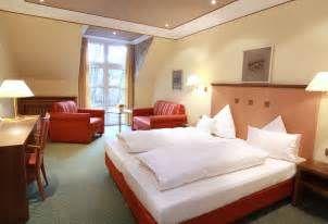 Suche Fronleichnam special feiertage hotel lamm spessart. Ansichten 14471.