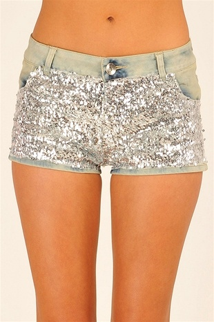 adorable (: but itchy?: Party Sparkle, Glitter Shorts, Sparkly Shorts, Short I, Sequined Shorts, Denim Shorts, Sparkle Shorts, Sequin Shorts