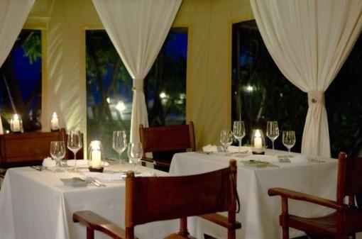 unique wedding favor luxuries Resorts