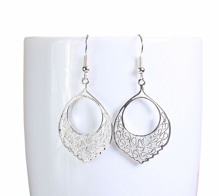 Khalliah Design - Silver plated filigree teardrop dangle earrings, $19.50 (http://www.khalliahdesign.com/silver-plated-filigree-teardrop-dangle-earrings/)