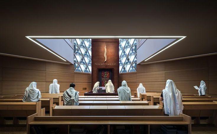 Modern religious architecture like Weinhof Synagogue interior #religiousarchitecture