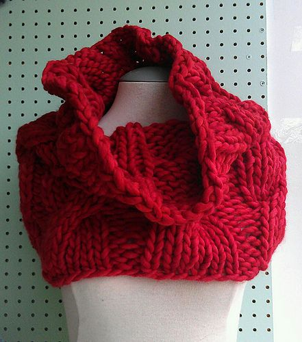 Loose Knit Scarf Pattern Free : Ravelry: Easy Loose Cabled Cowl pattern by Haley Waxberg Cowl & Scarf P...