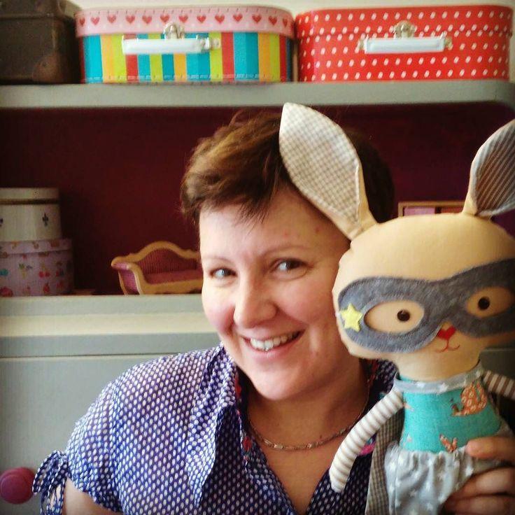 Hoppy Easter!!  superhero bunnies are available in my etsyshop click link in profile #lalobastudio #etsykids #easterbunny #easter #superhero #bunnygram # #bunnies #bunnylove #superhero #cute #kawaii #usagi #dollsanddaydreams #kids #iwantspring #love #rabbit #bunny #easterdecor #eastereggs #crochet #handmadedolls #coolmom #coolkids #toddlersmom #toddler #letthemplay #imaginaryplay #plush pattern: @dollsanddaydreams
