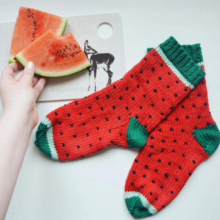 Melonen-Socken - Strickanleitung von too wool to be cool auf LoveKnitting