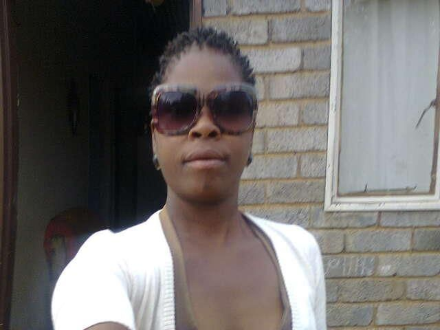 Sweetness Noxolo sent us a pic of her gorgeous Diligo sunnies! We love!!