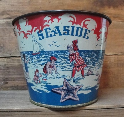 by the beach: Beaches Time, Seaside Sands, Vintage Tins, Vintage Seaside, Children Toys, Vintage Sands, Beaches Pail, Vintage Toys, Sands Pail