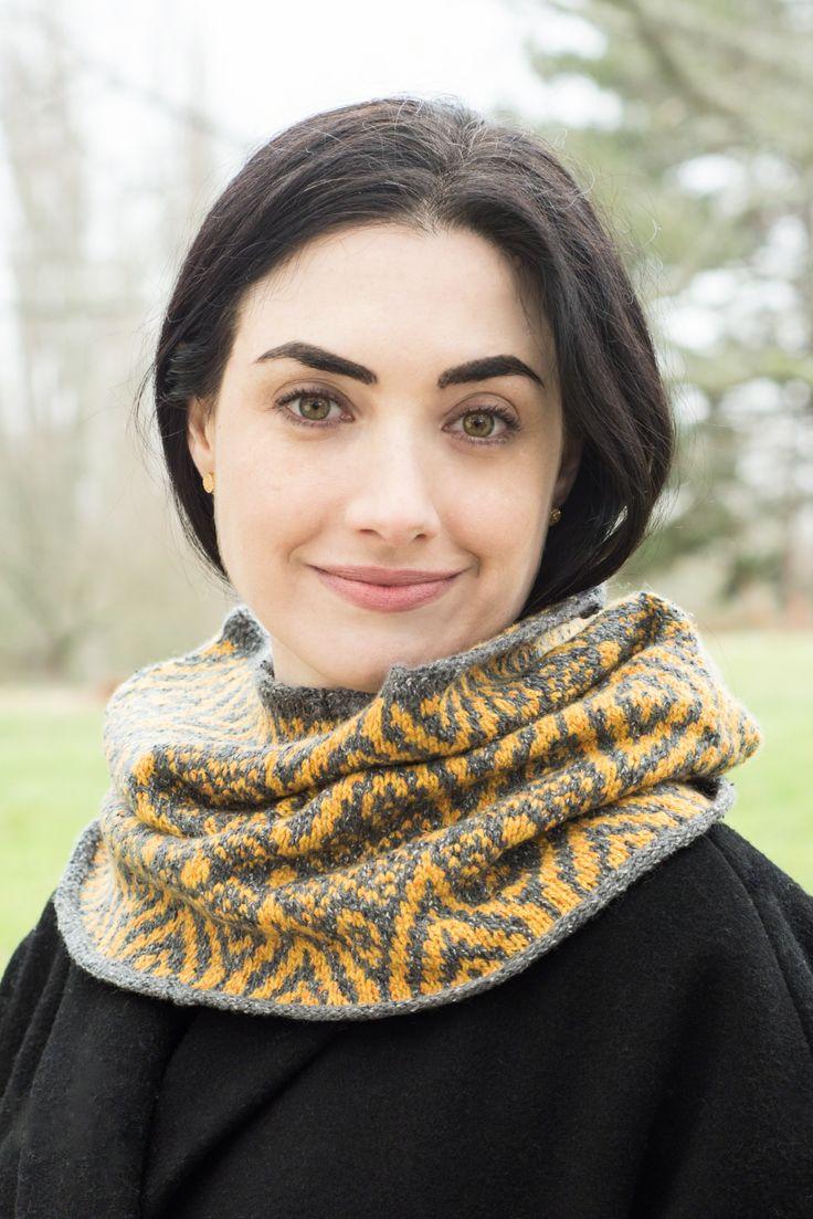 Cascade Yarns® - Roslyn Free Patterns | Knit cowl pattern ...