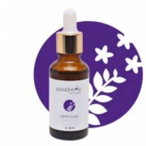 Pandhy´s Miraculum serum Essentielle Oli 30 ml. Er en helt fantastisk serum af rene naturlige essentielle olier. Lavendel olie, som virker fugtgivende og berogligende. Jojoba olie, som virker cellebeskyttende pga. den høje indhold af Vitamin E. Tea tree olie, som virker anti inflammatorisk, anti septisk og ligeledes mindsker kløe, lindre smerter, hævelse og rødme.  Den har derudover en anti aging virkning, og forbedre regenereringen af huden.