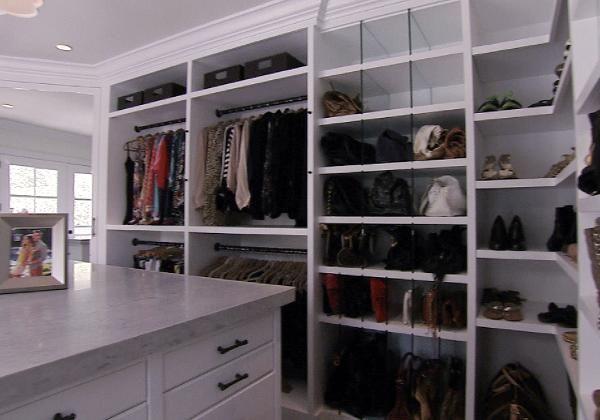 Bill & Giuliana Rancic's new home (to die for) - Giuliana's closet
