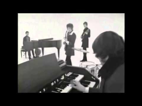 "▶ Procol Harum - ""A Whiter Shade Of Pale"" (Live 1967) View Lyrics @ http://www.youtube.com/watch?v=xtzRRwfOXus"
