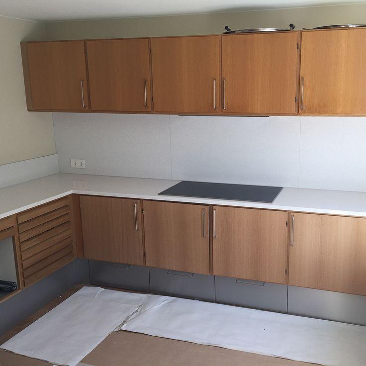 Levert av Lenngren Naturstein - Moderne Kjøkken inspirasjon | Kompositt stein Benkeplate - Modern Kitchen ideas | Design | Composite Countertop | Silestone