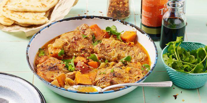 Sarah's Vietnamese Chicken Curry via @iquitsugar