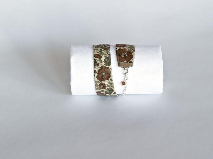Original pulsera de tela, plata de ley y cristal de Swarovski. #Handmade #DIY #Craft #Hechoamano