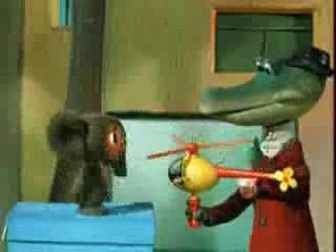 (Cute russian song) Чебурашка  Я был когда́-то стра́́нной Игру́́шкой безымя́́нной, К кото́́рой в магази́́не Никто́́ не подойдёт.