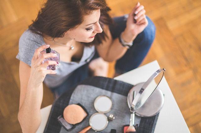 香水, 女性, 女の子, 若いです, 美しさ, トップ ビュー, クローズアップ