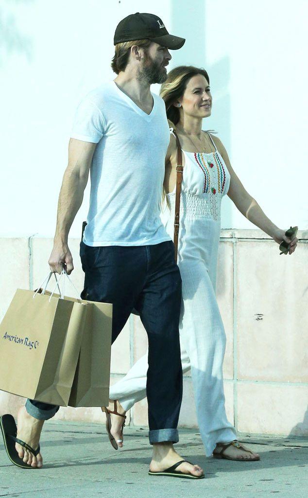 Chris Pine Kisses Vanderpump Rules Star Vail Bloom!  Chris Pine, Girlfriend