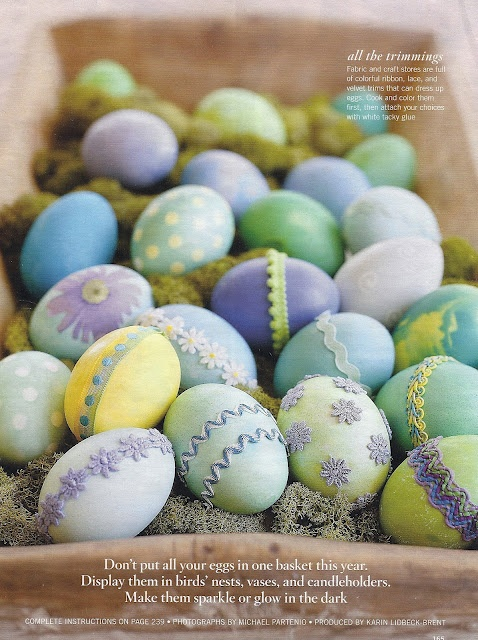Simple dyed eggs: The fun is in the embellishments.Holiday, Decor Eggs, Karin Lidbeck, Easter Crafts, Easter Spr, Pastel Colors, Easter Eggs, Eggs Decor, Easter Ideas